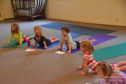 kids yoga class, prek