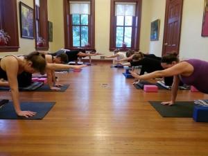 prenatal moms in yoga class