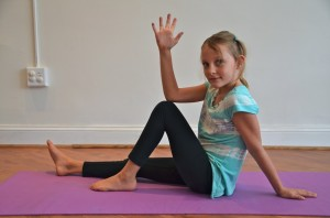 kids yoga, twist